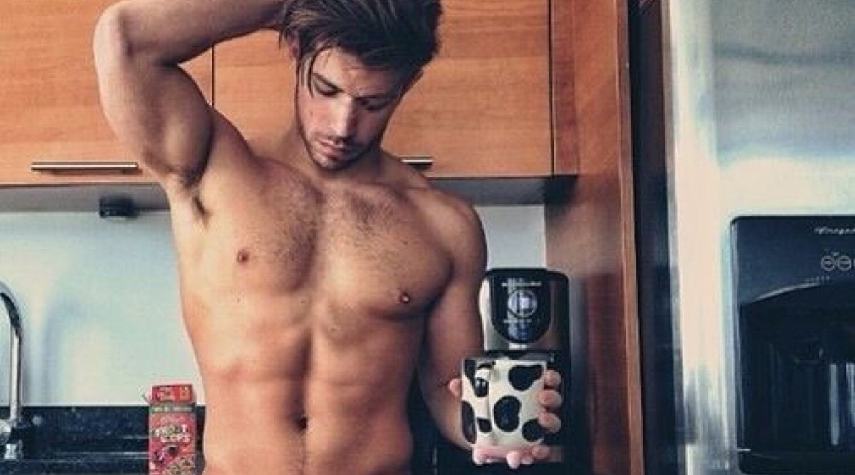 10 Gay Male Model Twitters (Most Sexy)